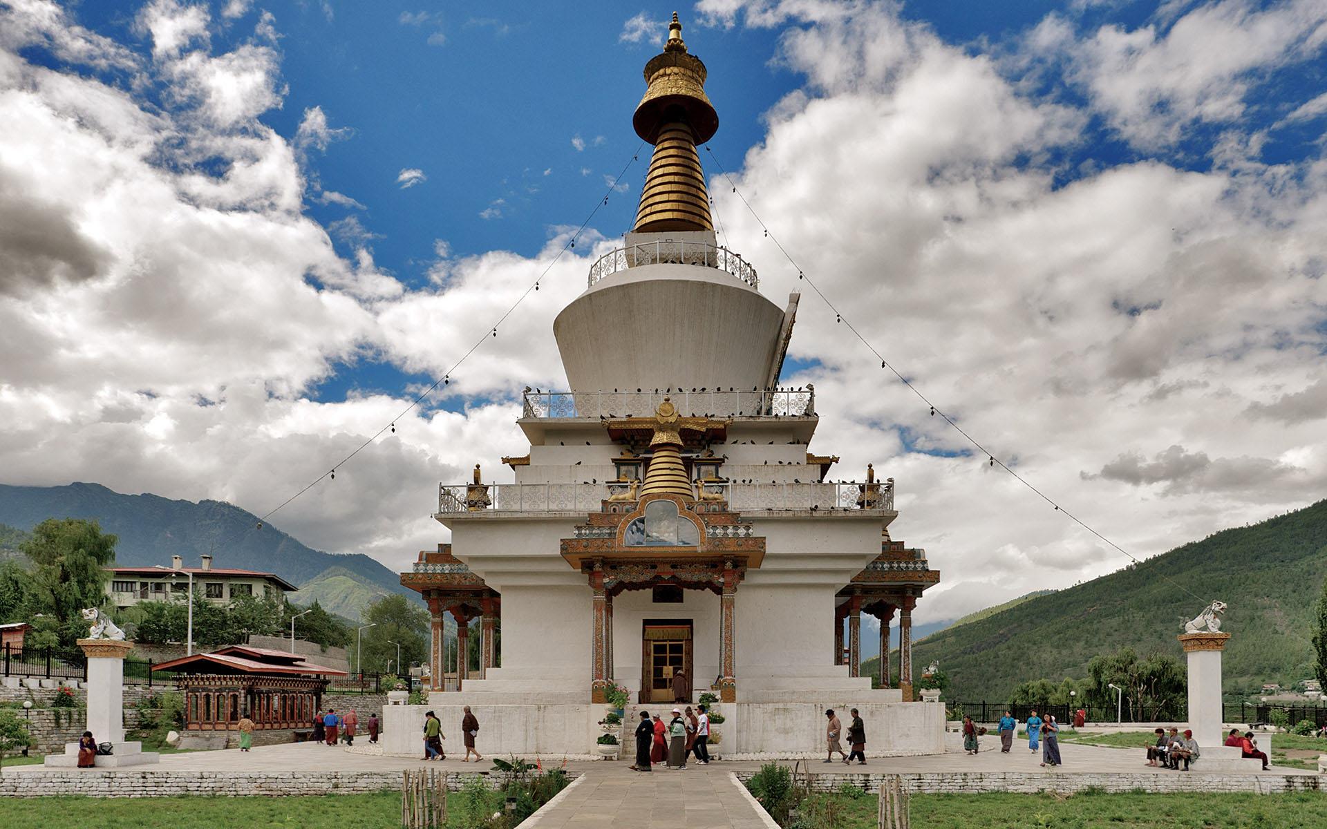 Thim-image-of-national-memorial-chorten-Thimphu