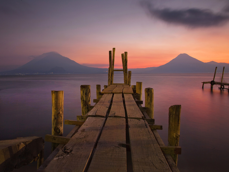 Lake Atitlan, volcan Atitlàn, volcan San Pedro, Panajachel, Sololà, Guatemala, America
