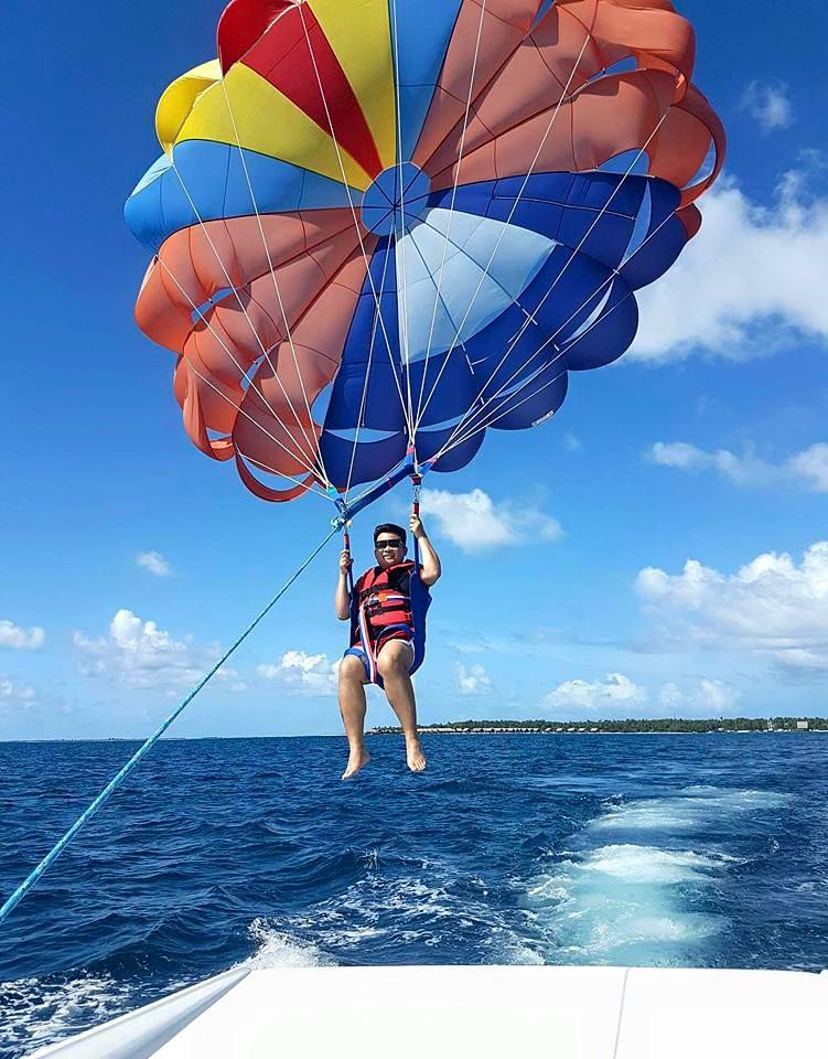 parasailing-in-gan-9
