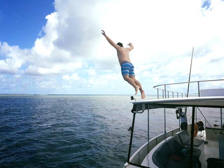 Yacht Jumping