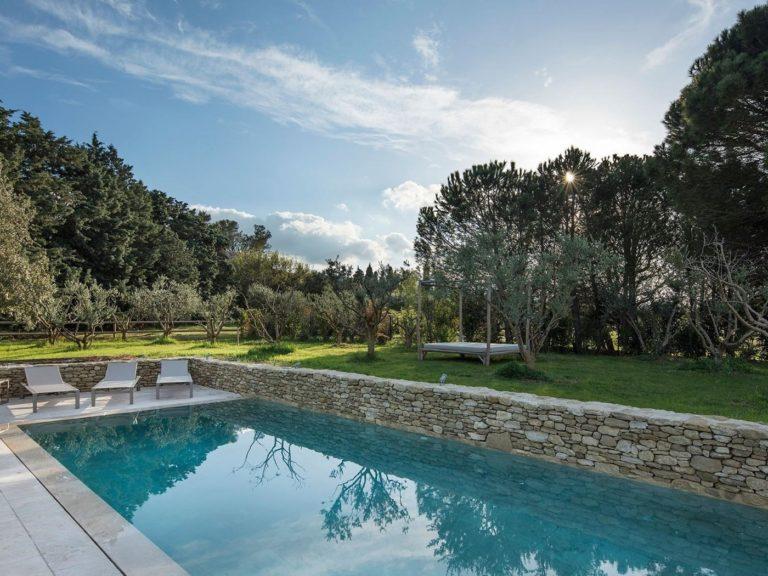 pool-Villa-Lumiere-Provence